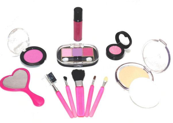Little Cosmetics Pretend Fake Makeup Look Realistic