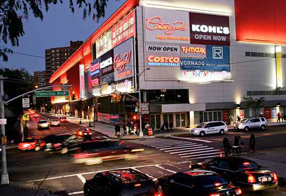 The Queens Center Mall, one of New York City's largest shopping centers, is conveniently located just off of the Long Island Expressway, Interstate 25 and Queens Blvd, on 59th Avenue in Queens. LeFrak City residents living in nearby Rego Park apartments enjoy easy access to a wide range of shopping and dining options at this iconic plaza, just a short walk away.