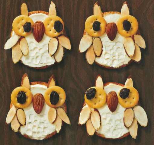 Healthy fun and cute snack idea whooo s hungry owl for Fun halloween treats to make with toddlers
