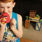 angry-birds-vinyl-knockout-give-kids-a-chance-to-be-destructive-in-a-safe-way